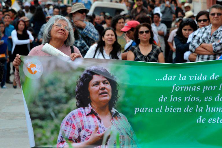 Tribunal abre audiencias de pruebas por crimen de ambientalista hondureña