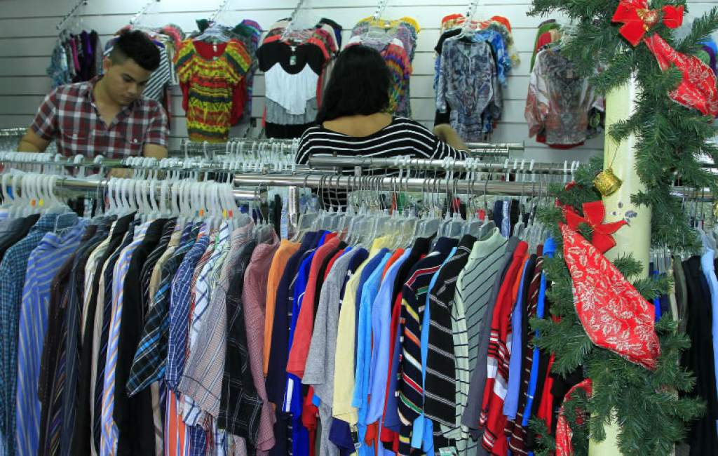 Microempresarios hondureños lamentan las pocas ventas pese que se acerca la navidad