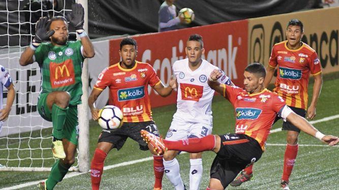 Barrabrava de fútbol costarricense, irá a prisión por agredir a un rival