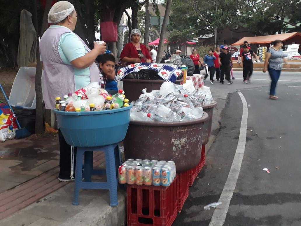 La Red de Microfinacieras de Honduras (REDMICROH), anunció este lunes que para la semana Morazánica, estima colocar un promedio de mil millones de lempiras en crédito.