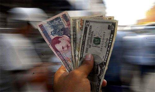"""El FMI no presiona a Honduras para devaluar la moneda, """"es un mito"""", dice exsecretario de Finanzas"""