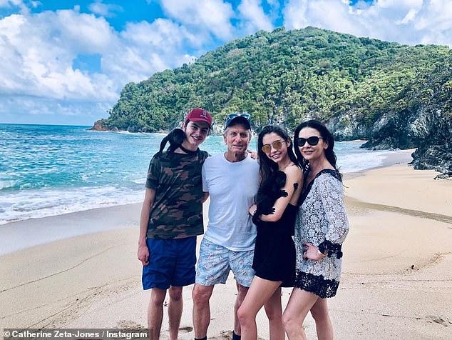 Michael Douglas y Catherine Zeta-Jones darán la bienvenida al 2019 en Honduras