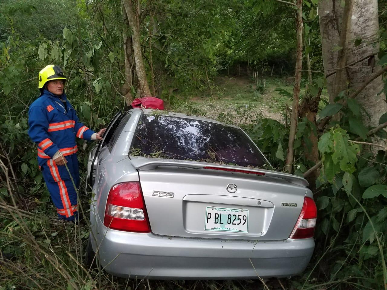 Dos mujeres muertas deja accidente vehicular en Quimistán, Santa Bárbara