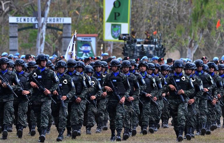 http://www.radioamerica.hn/economista-sugiere-un-congelamiento-en-compra-de-armas-y-reparacion-de-helicopteros-que-no-perjudica-accionar-de-fah-en-la-pandemia/