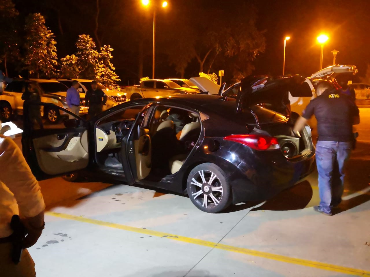 ATIC y FESCCO captura a seis hombres, tras incautarles varios kilos de supuesta cocaína