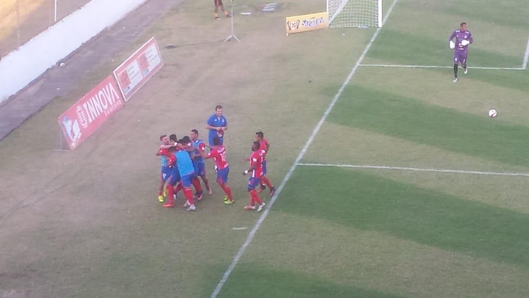 Olimpia lidera el Clausura; Resultados fecha 13 y posiciones en fútbol de Honduras