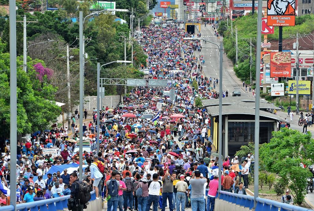 Alto Comisionado de la ONU llama al Estado de Honduras garantizar derecho a manifestaciones pacíficas de salud y educación