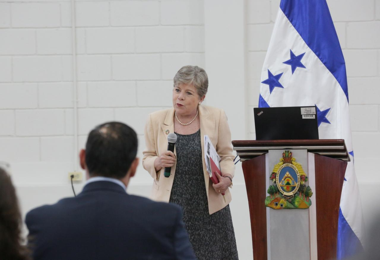 Cepal reafirma crecimiento económico, control de inflación y reducción de pobreza en Honduras
