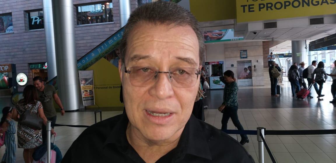 Arístides señala Luis Zelaya debe separar su cargo de presidente del Partido Liberal, de sus aspiraciones políticas