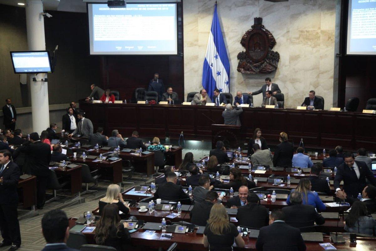 """El Congreso tiene el """"sartén por el mango"""" para reformar el nuevo Código Penal: miembro de sociedad civil"""