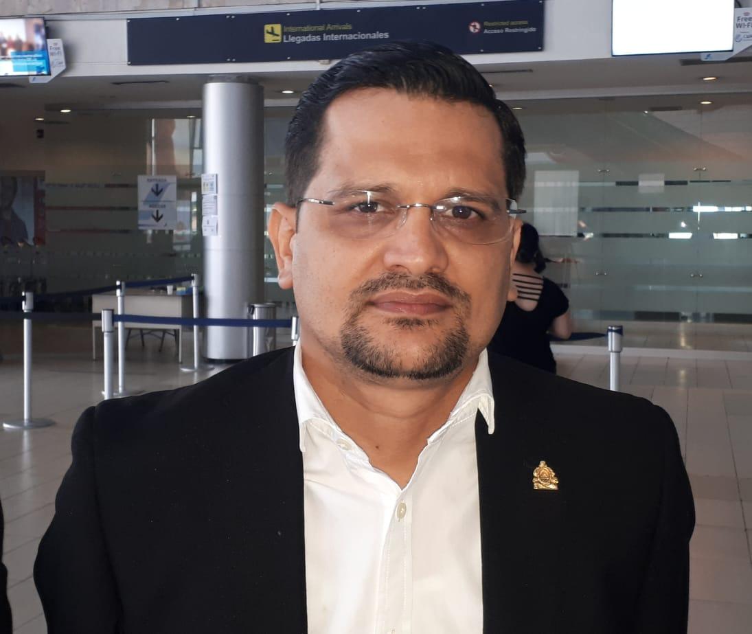Diputado David Reyes advierte denunciarán si hay irregularidades en proceso de selección de miembros electorales
