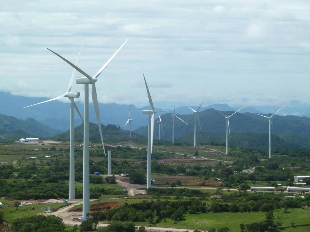 En los próximos cinco años entrarán en vigencia 350 megavatios anuncian generadores de energía