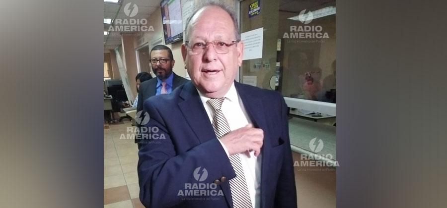 Empresarios corruptos estarían detrás de las conspiraciones contra el fiscal general, señala Fernando Anduray