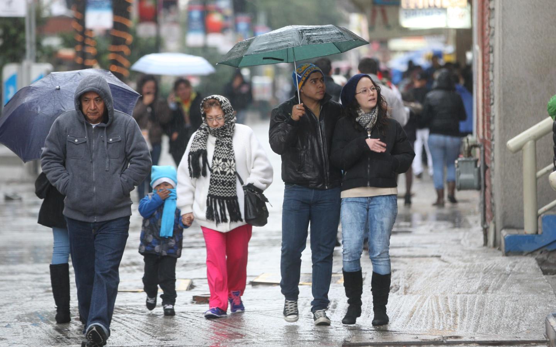 Cenaos anuncia temperaturas bajas con lluvias para las próximas 72 horas en el país