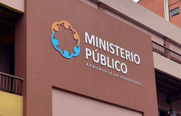 El Ministerio Público no saca los dientes porque no puede tocar a los poderosos de este país, señala abogado