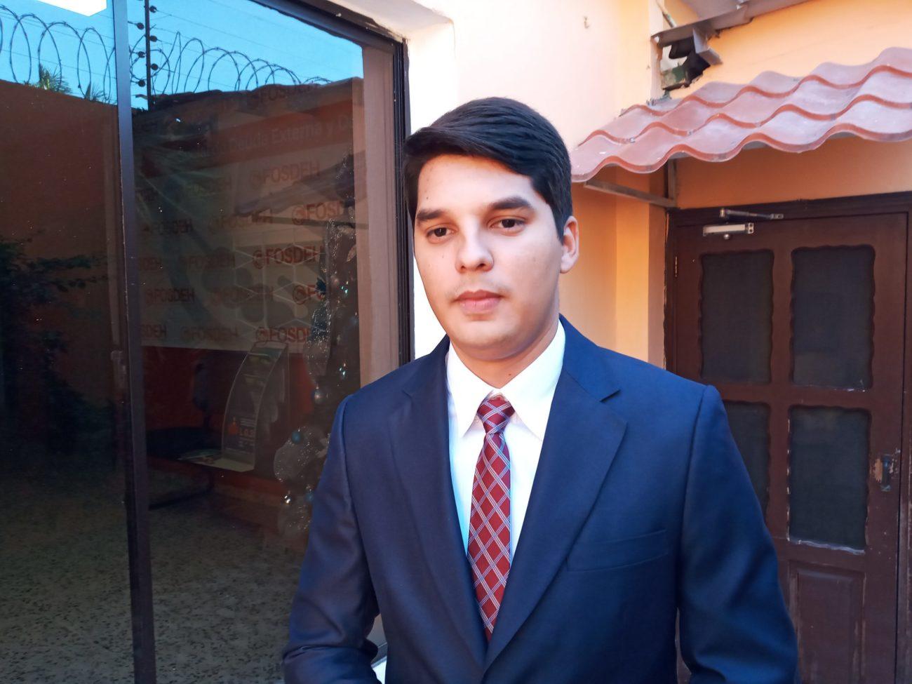 Alejandro Kaffati: Con tema de hospitales móviles, le han tirado cortina de humo a los otros actos de corrupción