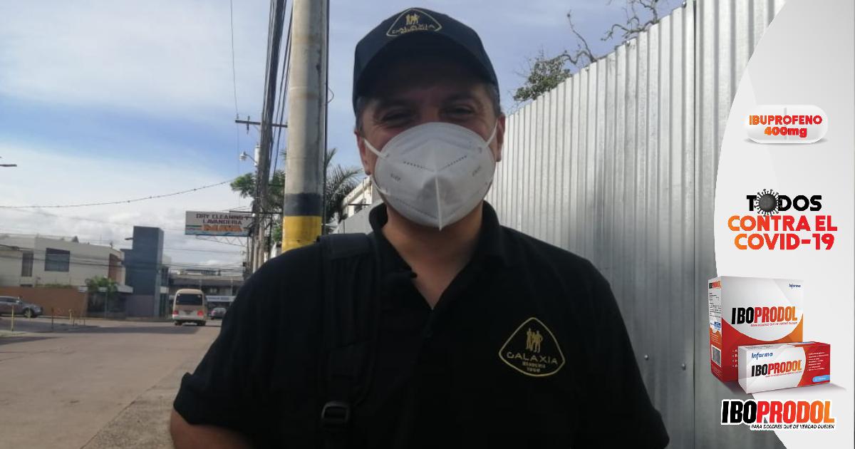 Abogado emprendedor de la barbería, alienta a los hondureños vencer el miedo para sobrevivir ante la crisis económica