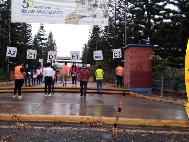 Cerca de 3,500 aspirantes realizan la prueba de admisión en 10 centros de la UNAH