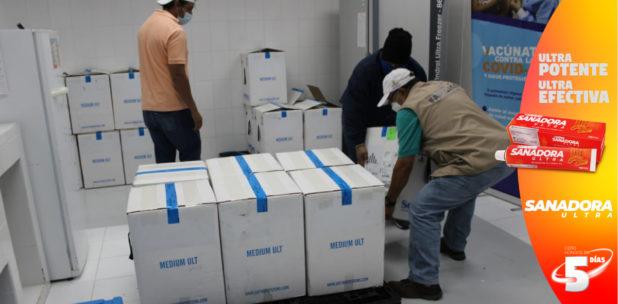 Llega a Honduras el segundo lote de vacunas Pfizer contra la covid-19